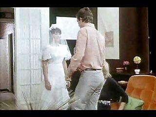 Cuando el chico no vale la pena, se folla pono sub español a su novia con la mano