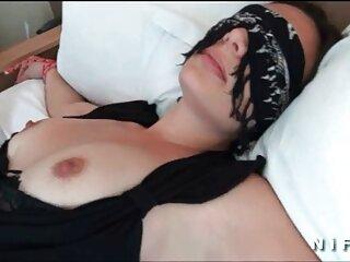 Mila kunis videos hentai sub al español masturbándose (falso)