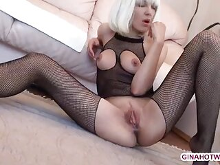 Sexo hentai español sin censura anal con una rubia