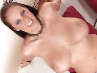 Gimnasta doblada porno masajes sub español