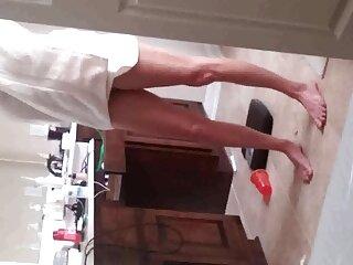 Miembro atrapado en el culo de una puta rusa en la escalera porn sub español