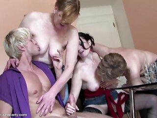Pon su mano en su coño subtitulado en español porno