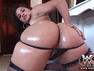 Polla anal porno sub español en vibrador de coño