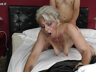 Yulka se corre mientras está sentado en su cara, 18 años madre e hijo subtitulado español en la posición 69