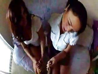 De Verdad !! Chica sexy hentai sin censura sub español se masturba en una sauna pública