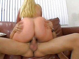 Video erótico - una chica subtitulado xxx con una figura hermosa